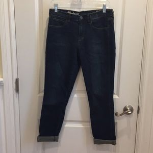 Dark wash high-rise slim boyjeans from Madewell